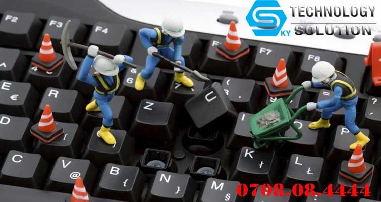 cua-hang-chuyen-ve-sinh-may-tinh-phong-net-gia-re-quan-cam-le-skytech.company-2