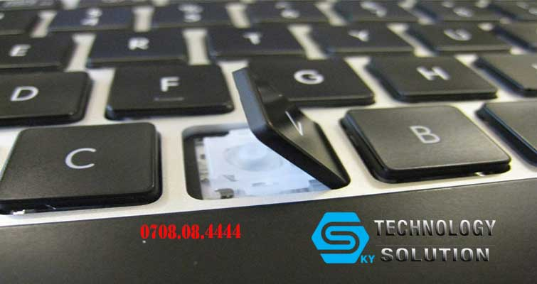 dich-vu-sua-chua-va-lap-dat-ban-phim-laptop-gia-re-huyen-hoa-vang-skytech.company-1
